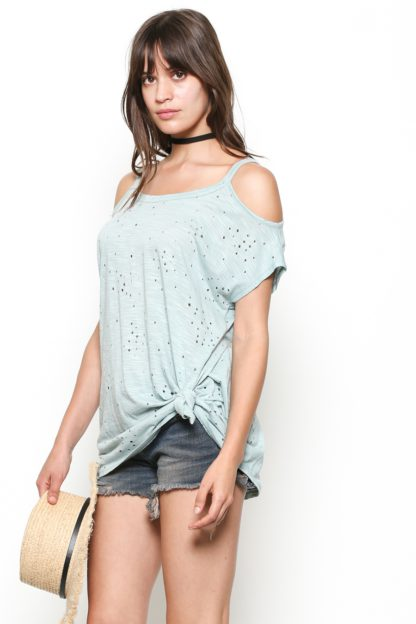 Short sleeve cold shoulders top with round neckline long and oversize, made with punched modal fabric