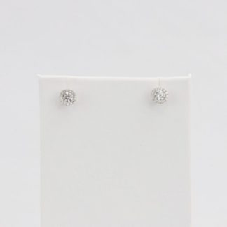 Simulated diamond (Cubic Zirconia Diamond-quality Grade 5 ) stud earring (7mm)