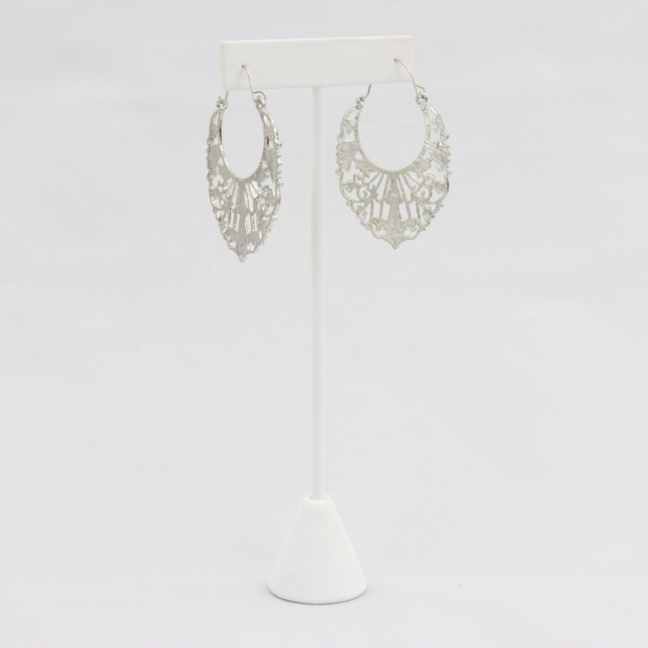Hoop with decorative plate earrings