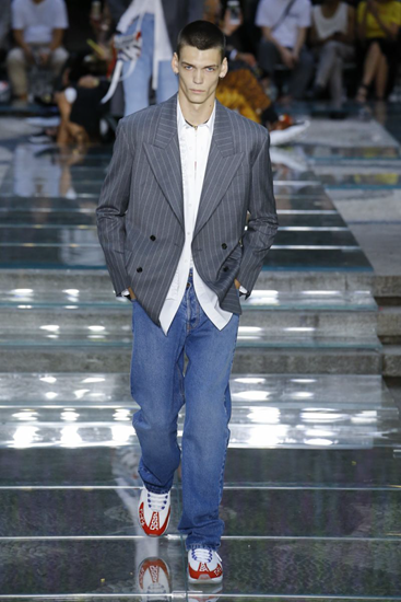 An Early Look At Men S Spring 2019 Fashion Trends Ivy And Pearl