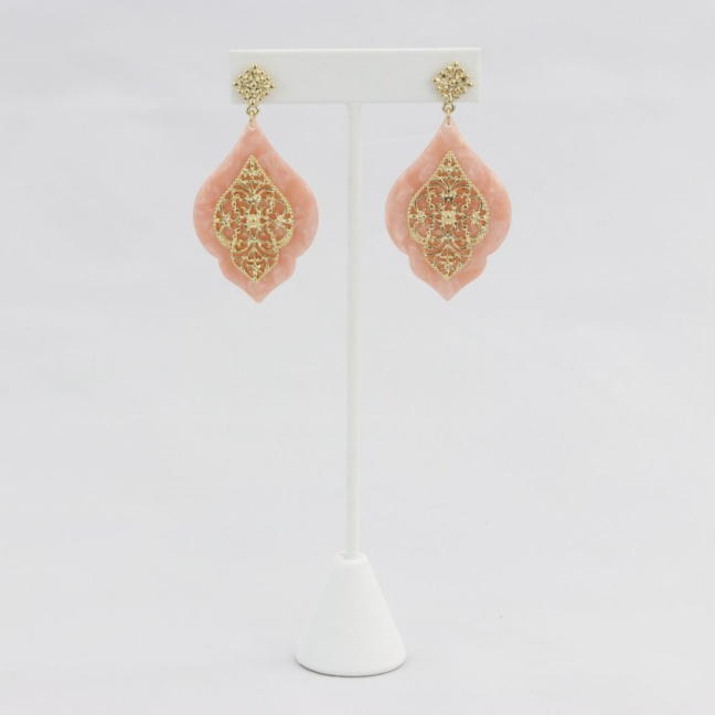 Peach with decorative gold filigree earring