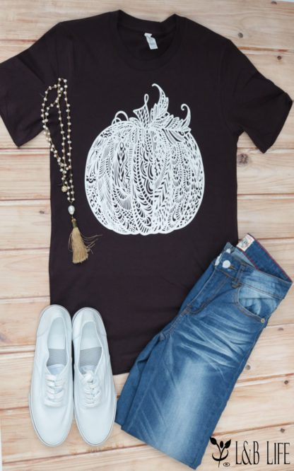 Black lace pumpkin T-Shirt with outfit