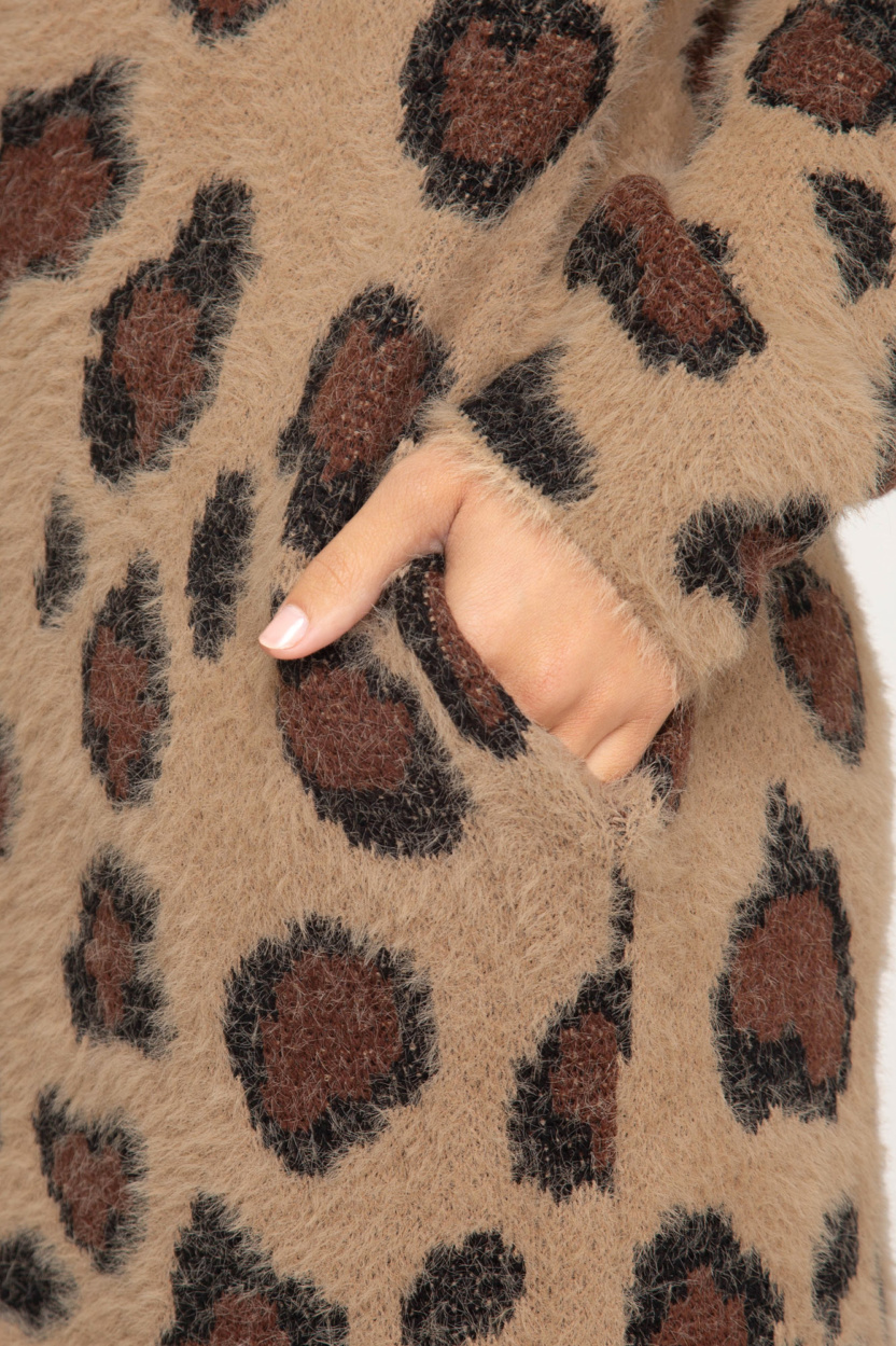 Long sleeve leopard fuzzy front open long cardigan - close up