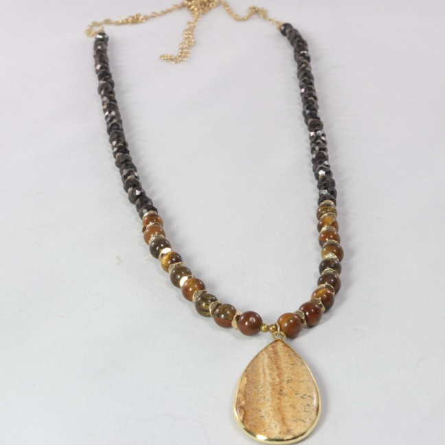 earth-tone-beaded-necklace-polished-stone-pendant3