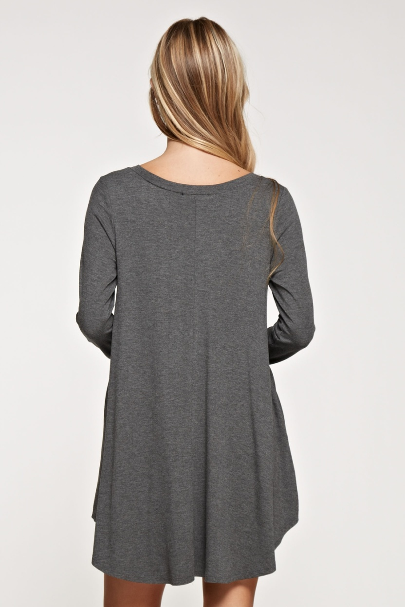 Comfy V-neck solid dress long sleeve side pocket back