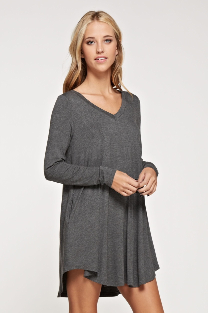 Comfy V-neck solid dress long sleeve side pocket side 3
