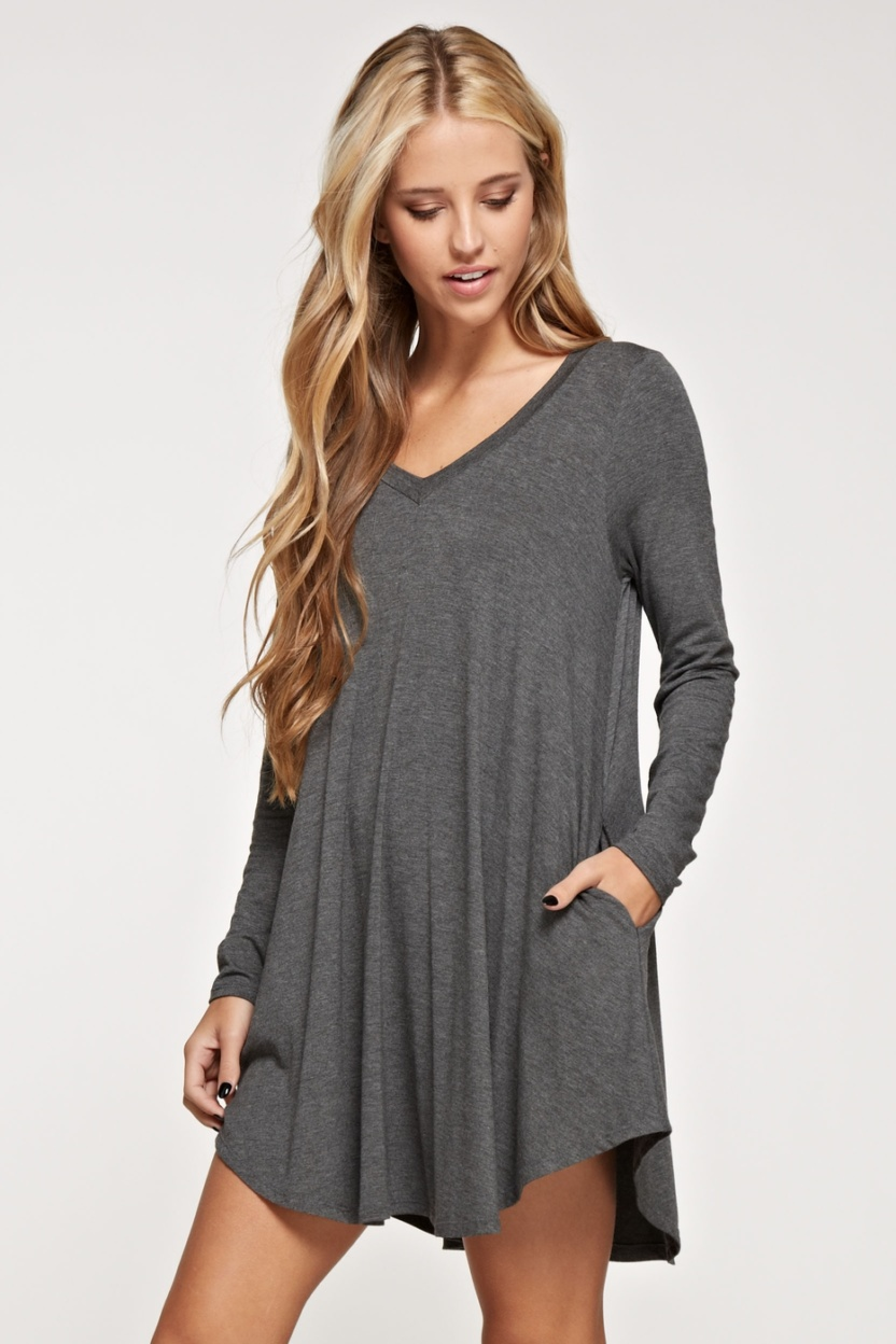 Comfy V-neck solid dress long sleeve side pocket side hand in pocket