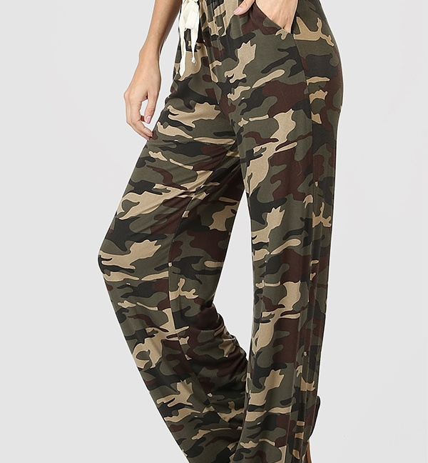 Laid back camouflage lounge pants with loose fit and drawstring waist
