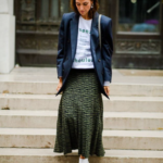 Patterned pleated maxi skirt blue blazer thumb