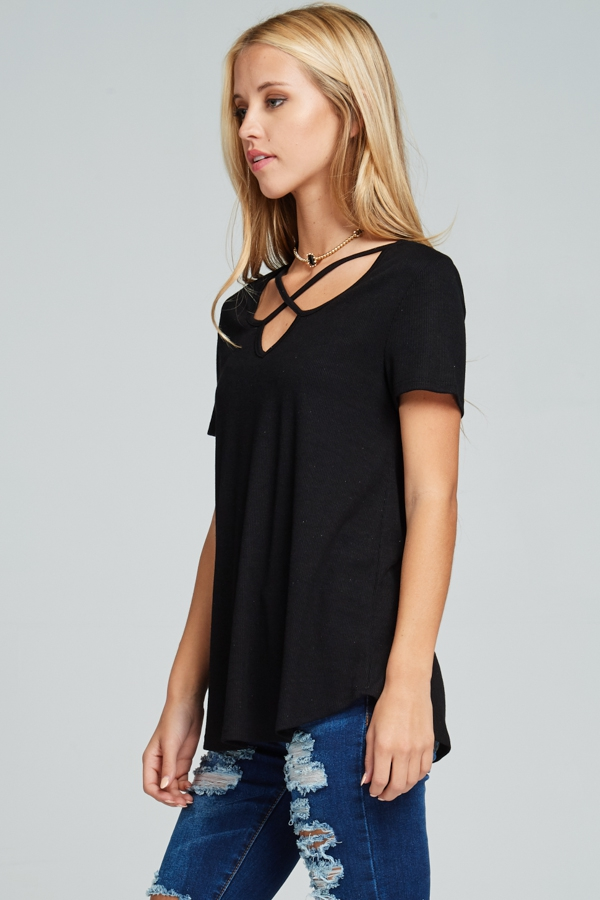 Criss-cross V-neck ribbed short-sleeve top black side