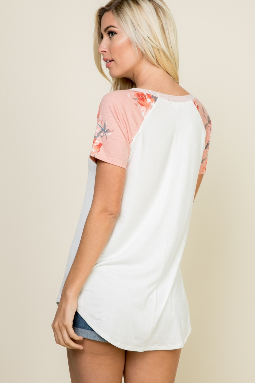Plus size partially floral short-sleeve contrast top back
