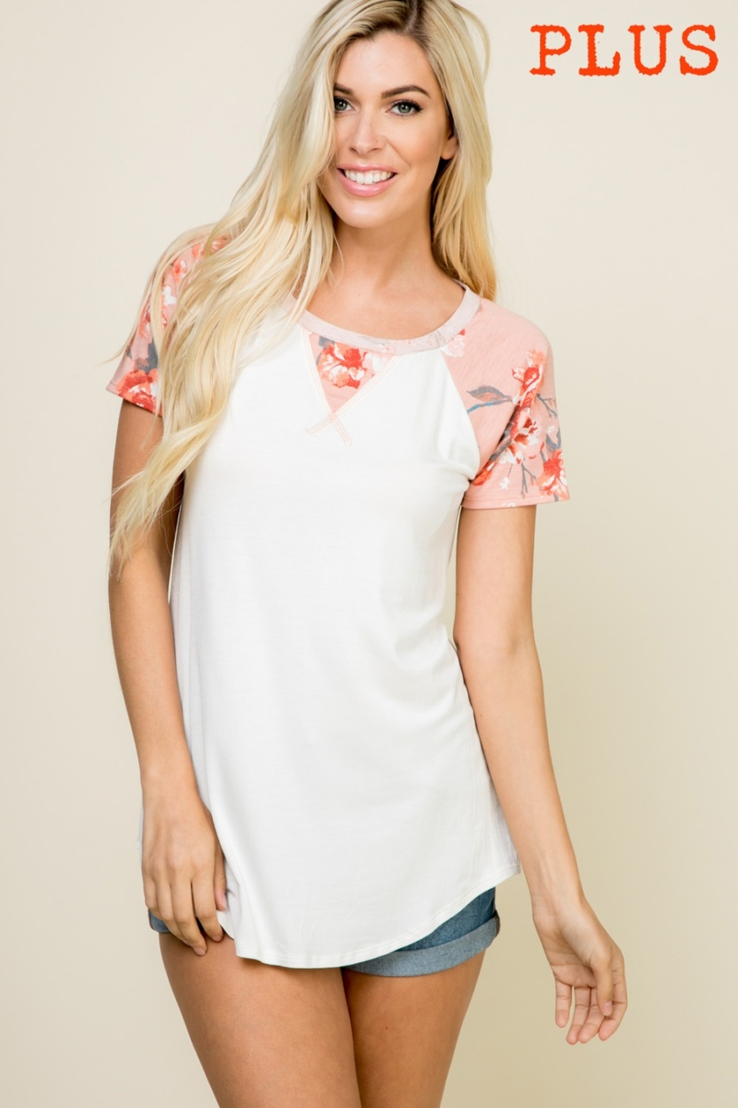 Plus size partially floral short-sleeve contrast top front
