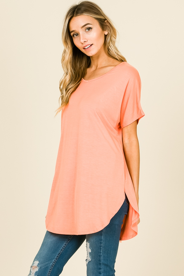 Short sleeve V-neck casual tunic round hemline coral side
