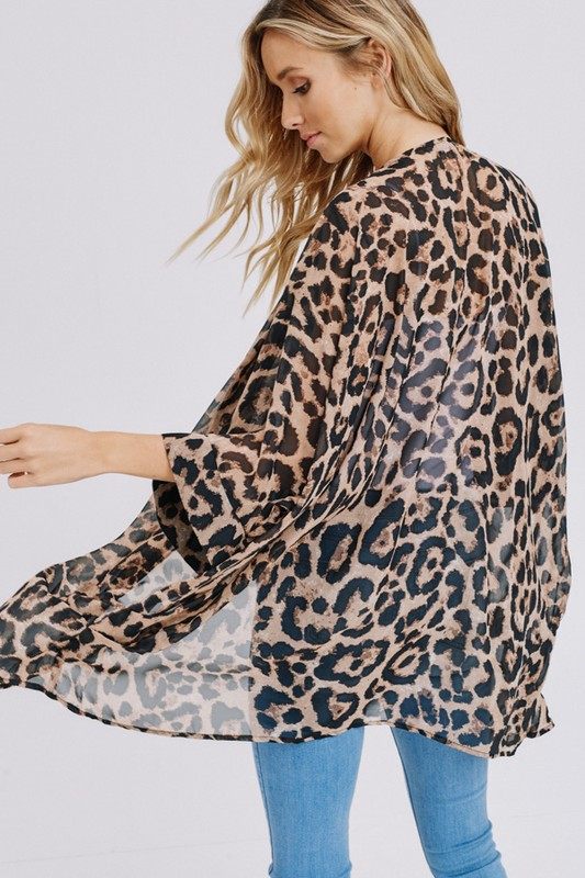 Three-quarter sleeve animal chiffon kimono back