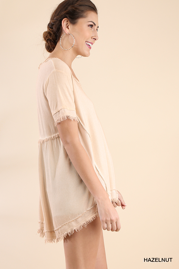 Washed Short Sleeve Top Frayed Gathered Details side