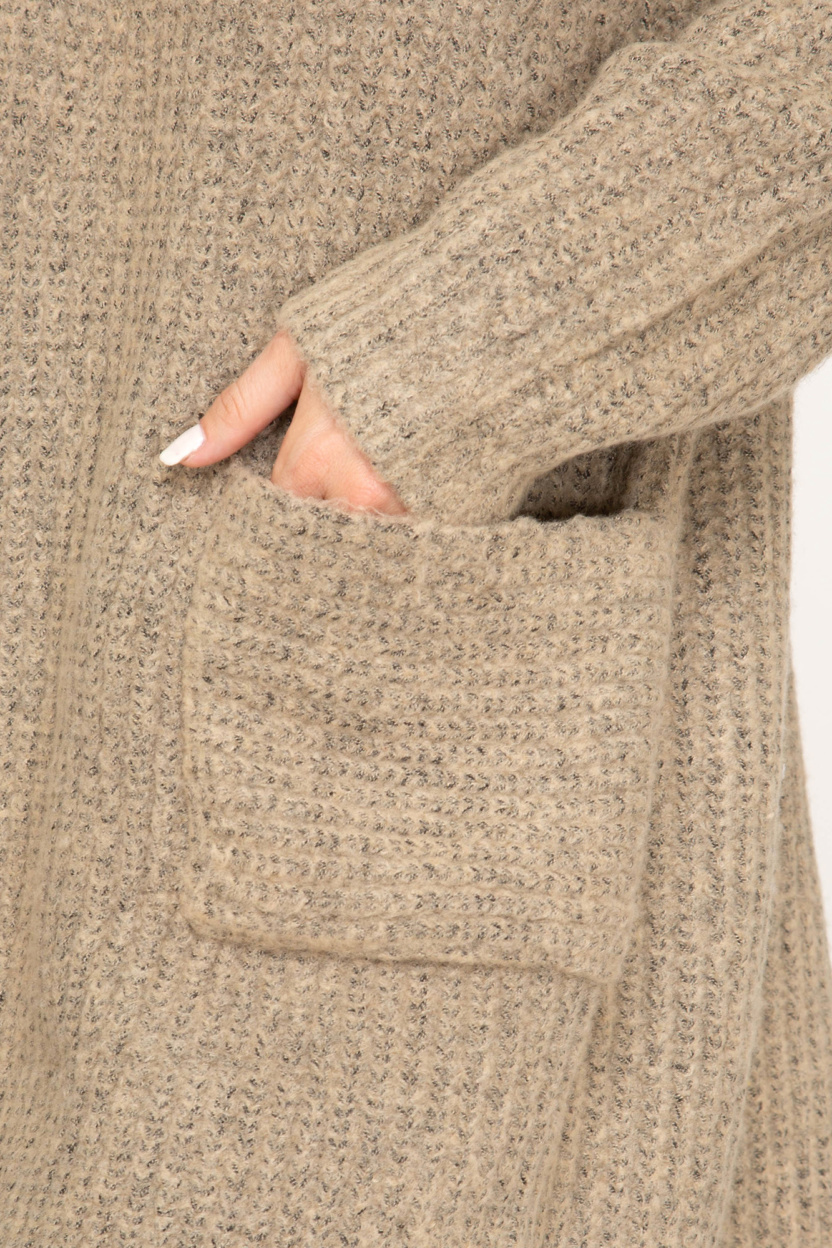 Long sleeve front open cardigan with pocket close