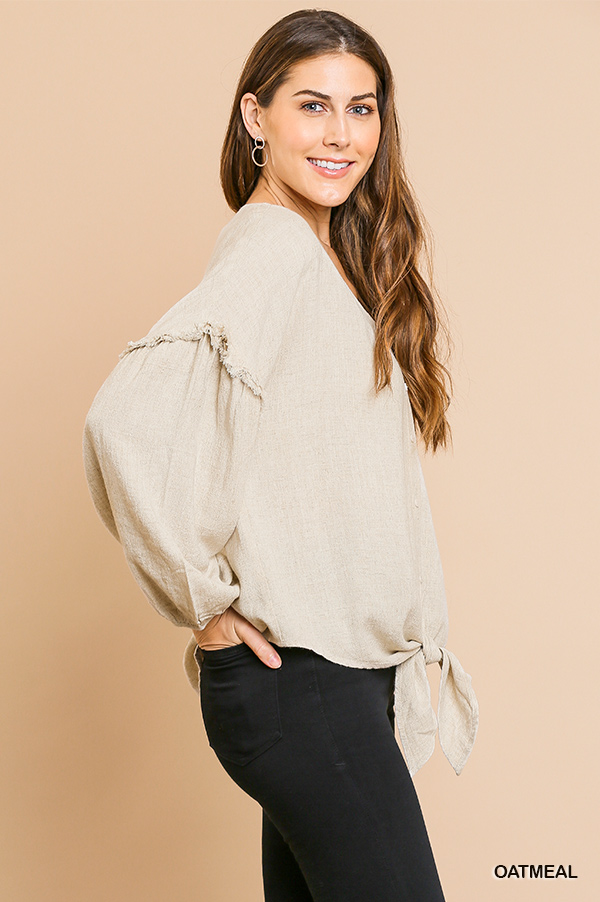 Puff sleeve button front V-neck top with center knot side