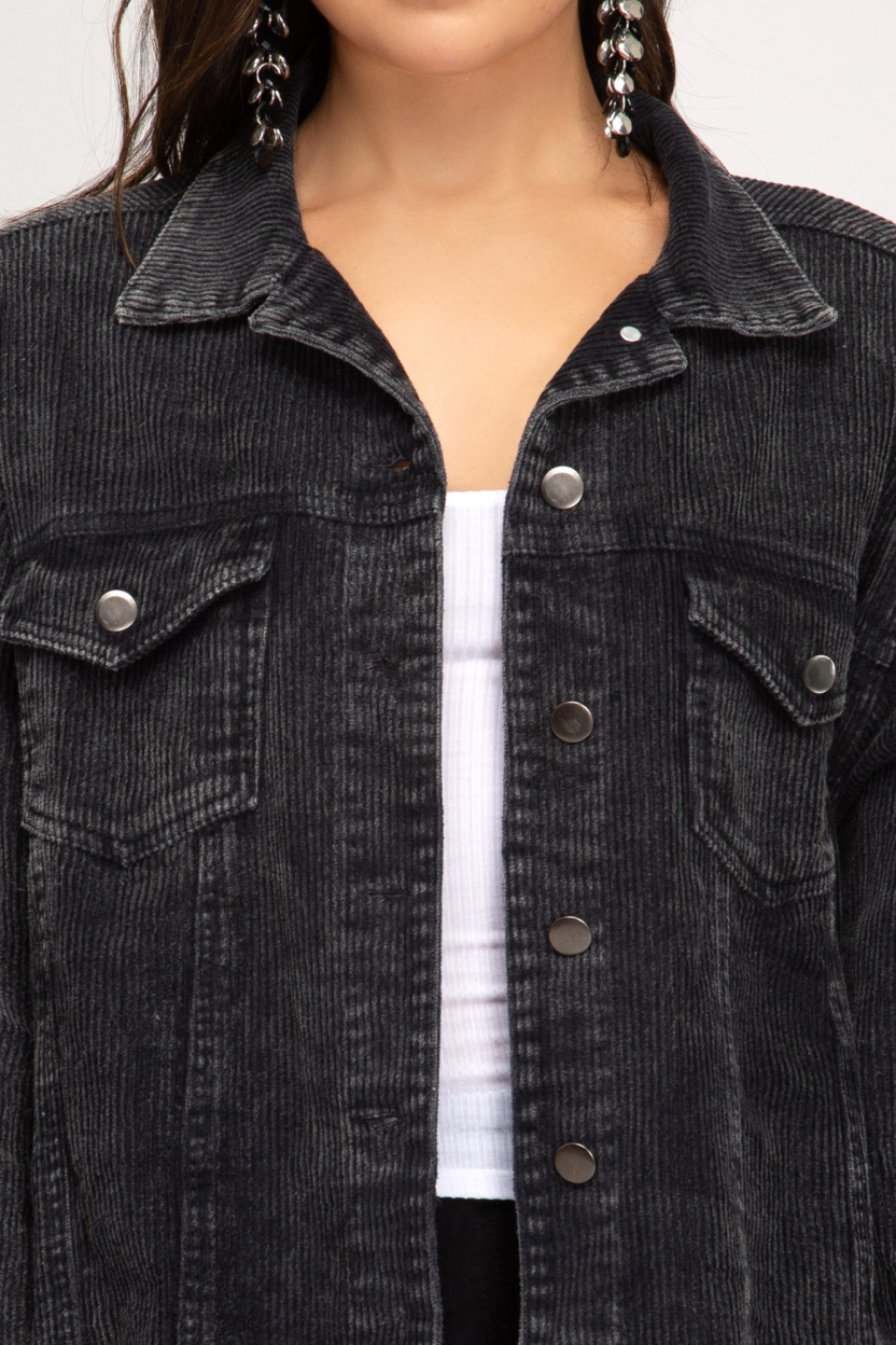 Washed detail corduroy jacket with pockets close