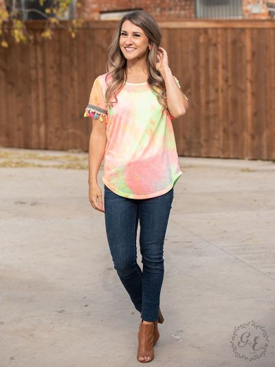Sunny days tie-dye top neon embroidery fringe sleeves