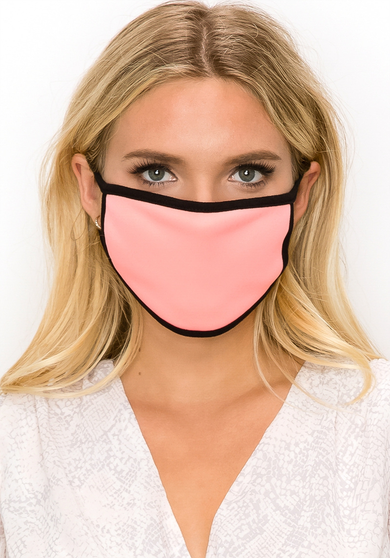 Solid colored face mask light pink
