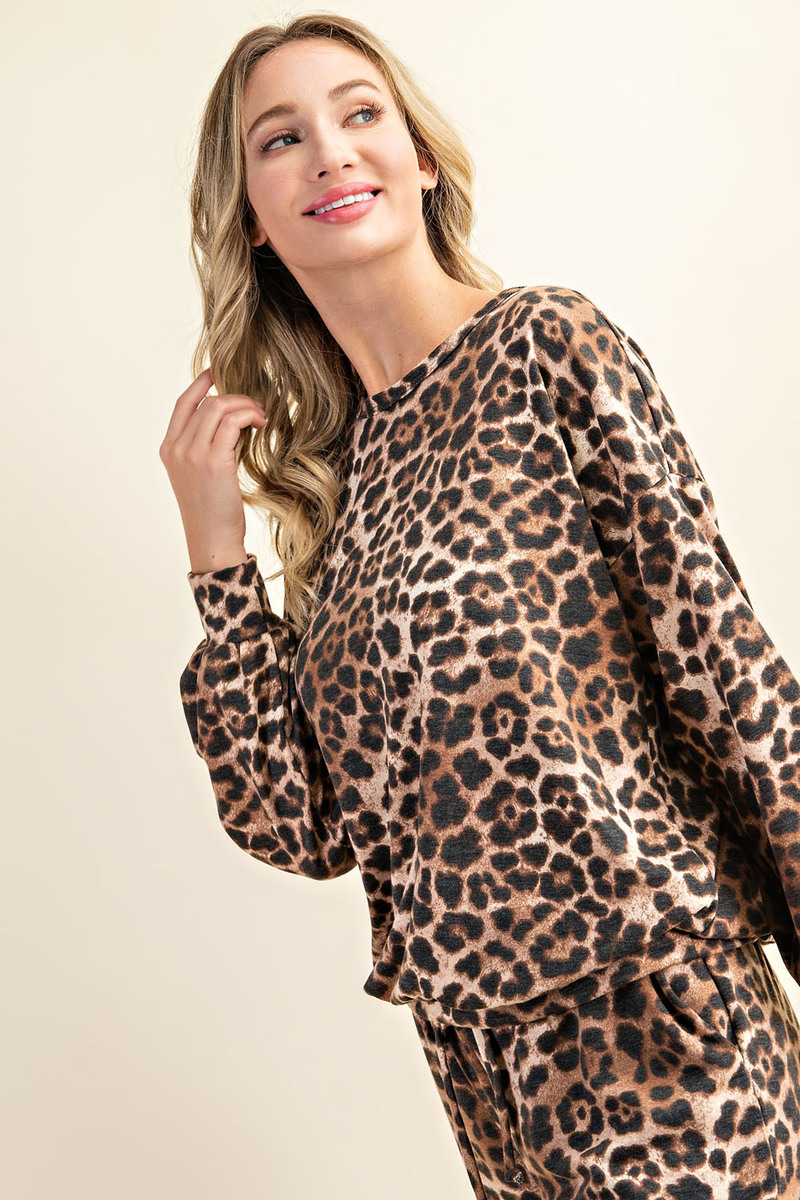 Comfortable Leopard Print Long Sleeve Sweatshirt and Pants Loungewear front