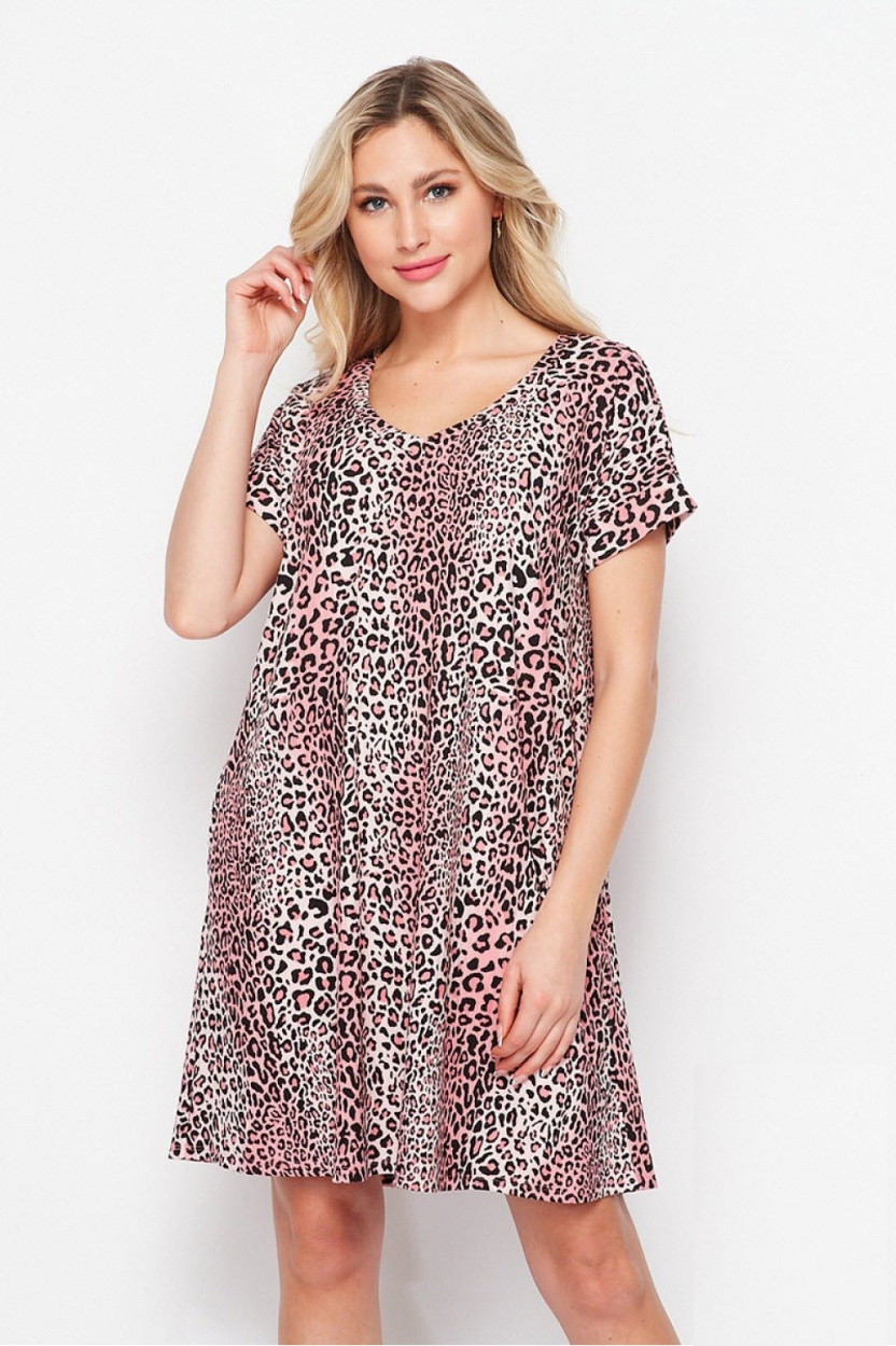 Pink leopard dress with pockets