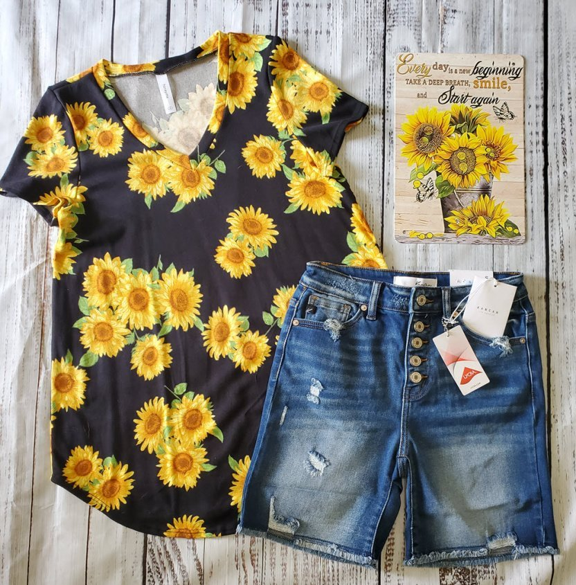Sunflower Short Sleeve V-Neck Top with shorts\