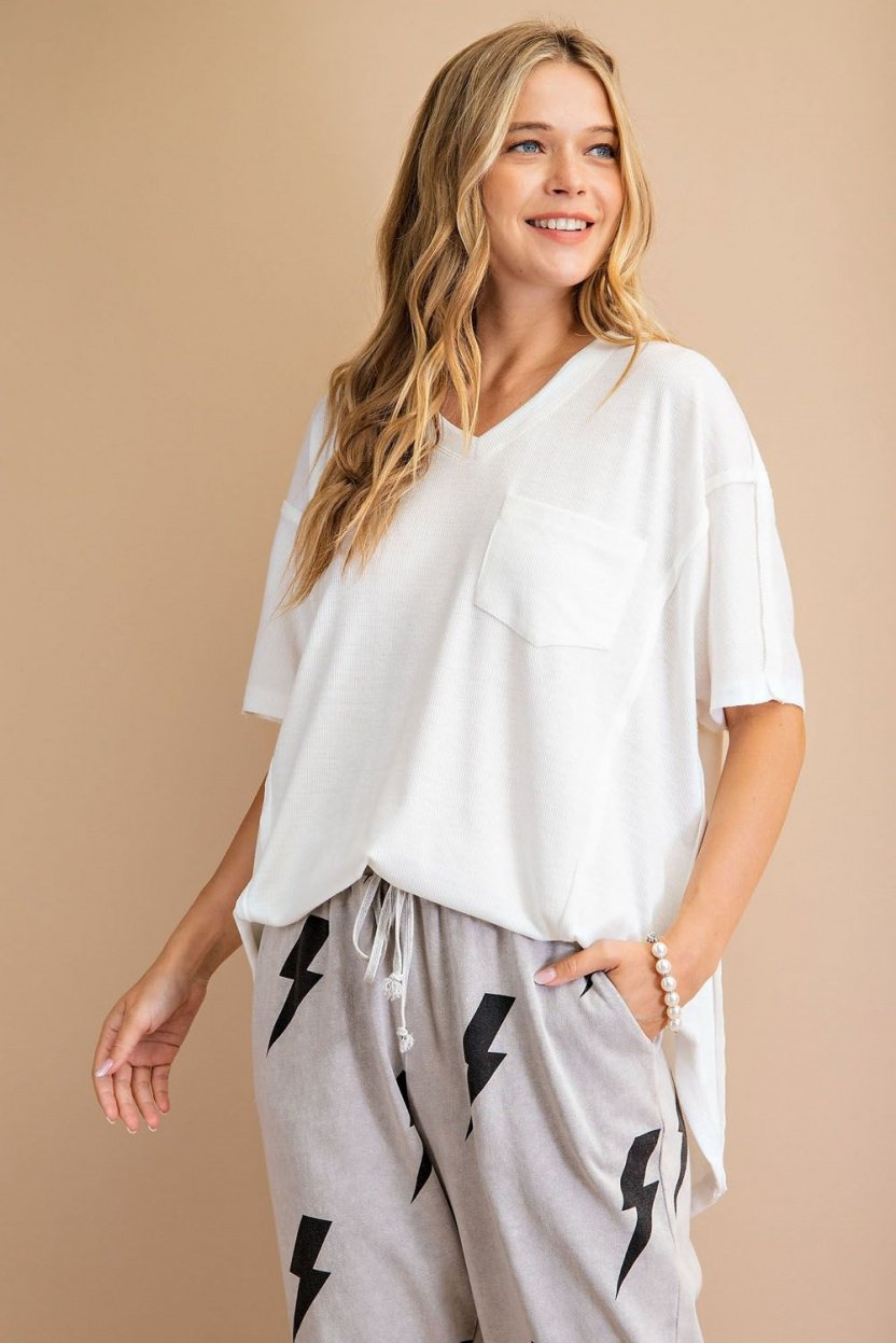 Short sleeve ribbed loose fit knit top front