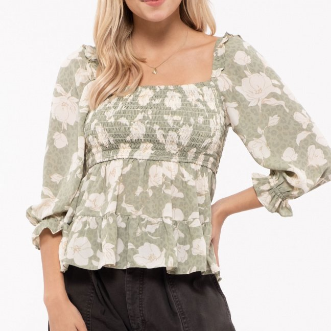 Square neckline top with baby doll fit