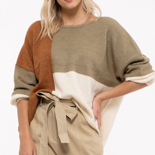 Sweater with full blouson sleeves and back ribbon tie